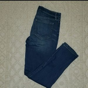 Gap EUC Real Straight Jeans Size 28S